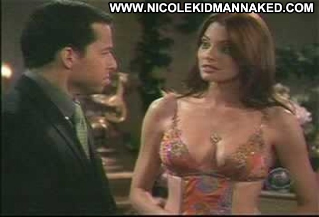 April Bowlby Two And A Half Men Cleavage Big Tits Celebrity Jumping