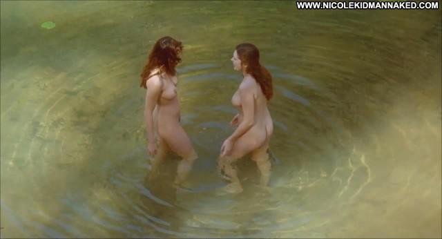 Elle Macpherson Sirens Topless Skinny Pool Nude Cute Actress Hd