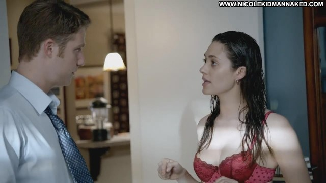 Emmy Rossum Shameless Showing Cleavage Wet Bra Gorgeous Sexy Doll