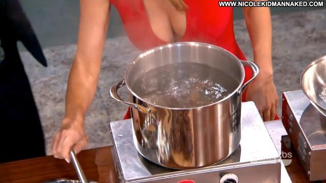 Giada De Laurentiis Conan Food Stunning Athletic Slender Hot