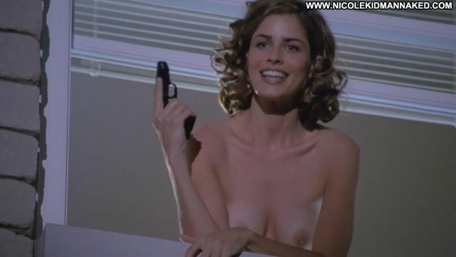 Amanda Peet The Whole Nine Yards Big Tits Celebrity Topless Breasts