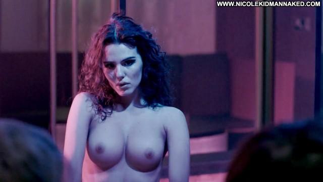 Nicole Kidman Breasts Bra Dancing Stripper Celebrity Posing Hot
