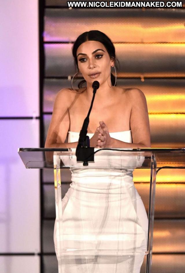 Kim Kardashian Beverly Hills Beautiful Posing Hot Awards Babe