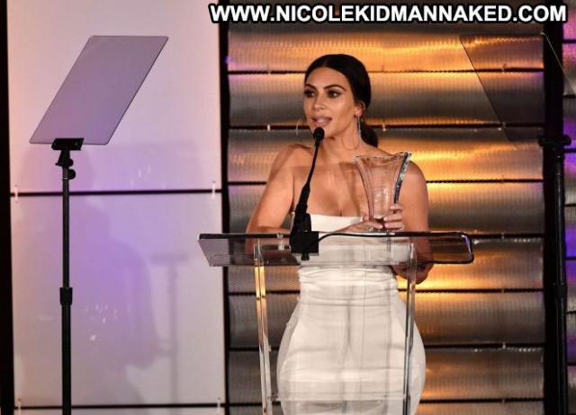 Kim Kardashian Beverly Hills Celebrity Babe Awards Paparazzi Posing