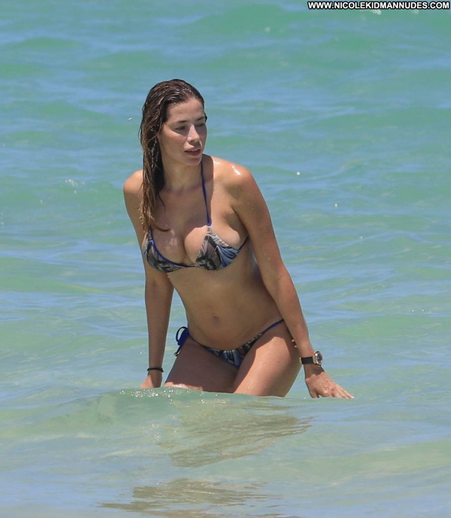 Aida Yespica Miami Beach Spain Bar Italian Beautiful Venezuela