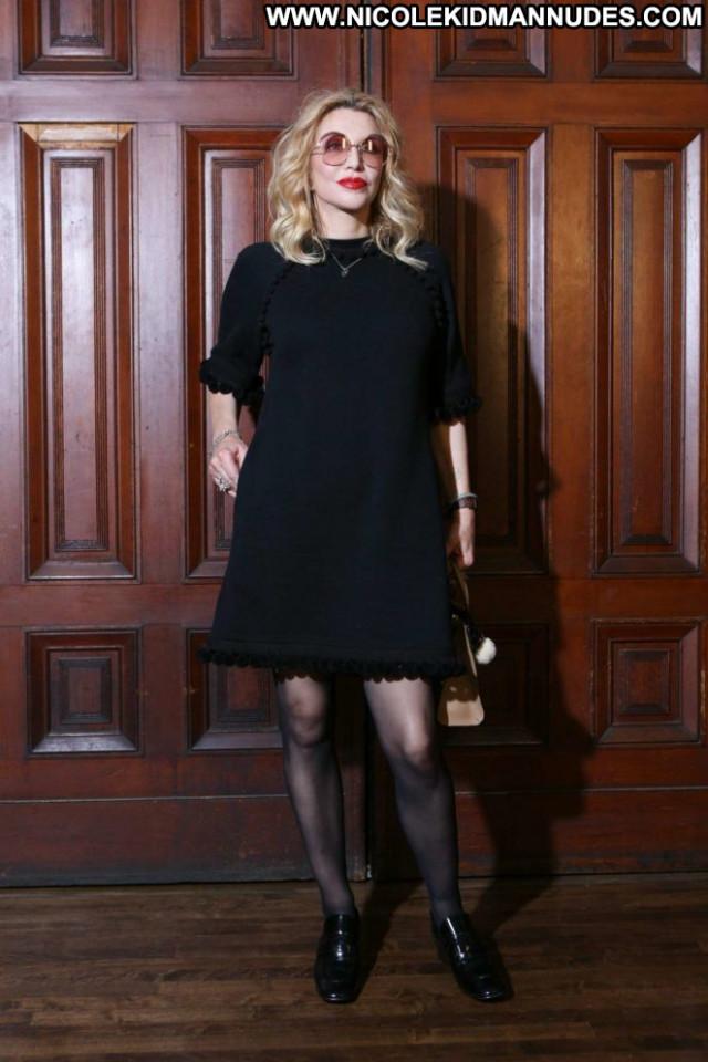 Courtney Love New York Babe Summer Posing Hot Celebrity Paparazzi