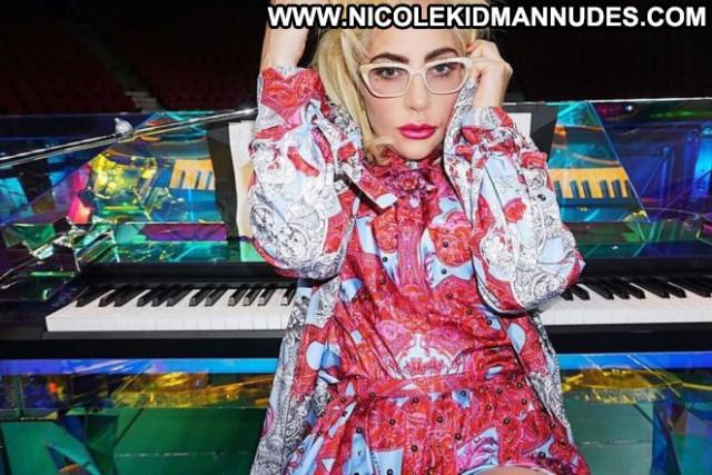 Lady Gaga No Source Babe Beautiful Celebrity Posing Hot Gag Paparazzi