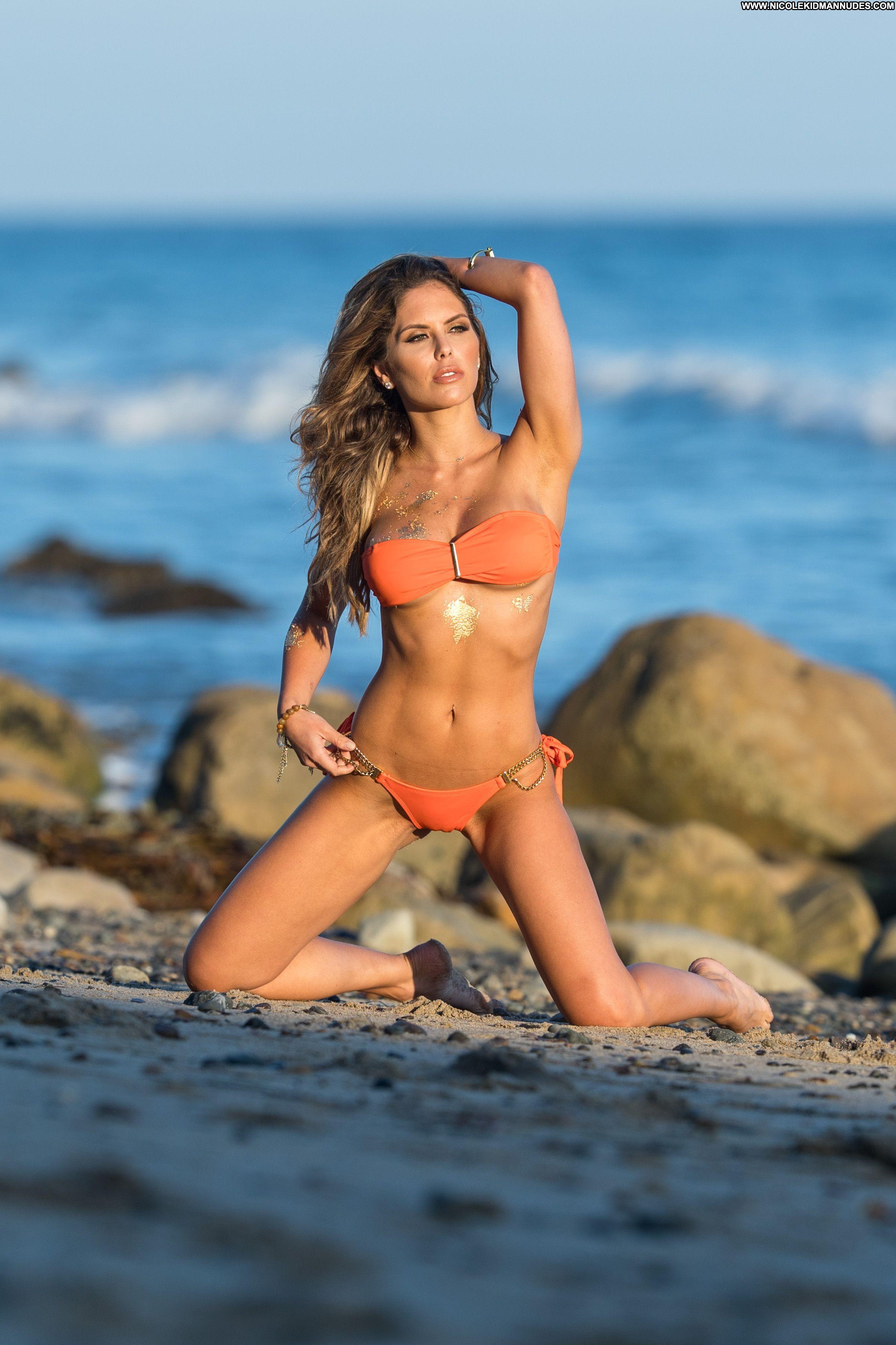 Molly bikini fit pics