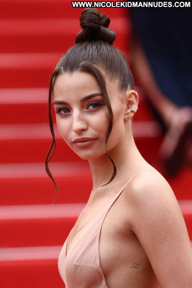 Julia Wieniawa Cannes Film Festival Posing Hot Celebrity Paparazzi