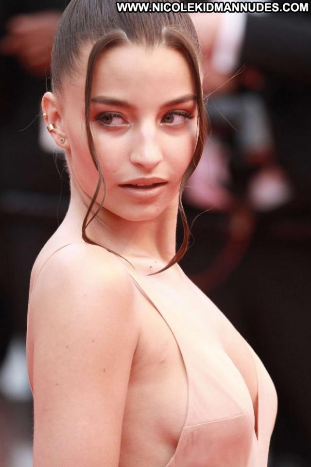 Julia Wieniawa Cannes Film Festival Posing Hot Paparazzi Celebrity
