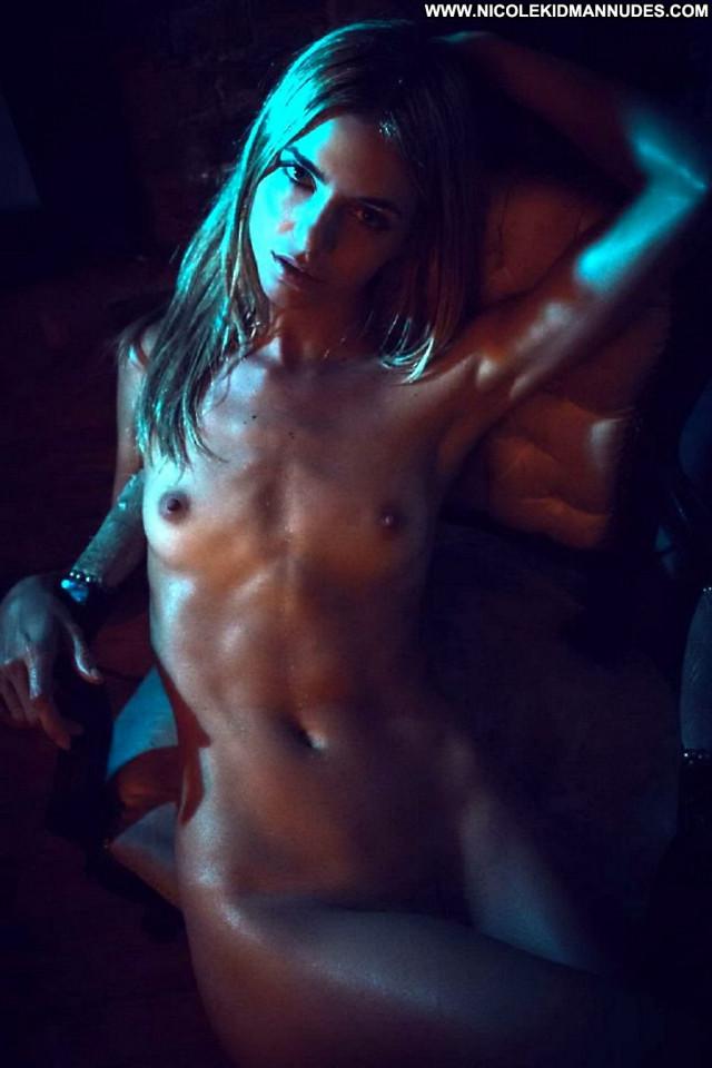 Rachael Leigh Cook Anna Nicole Celebrity Posing Hot Nude Singer
