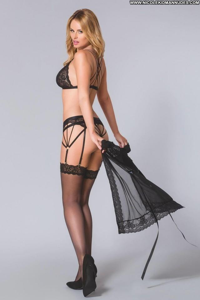 Jennifer Nicole Lee D Mode Old Beautiful Female Asses Bikini