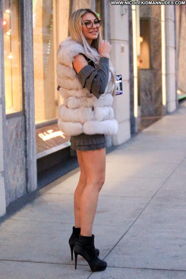 Alice Antoinette Beverly Hills Car Sex Hat Celebrity Posing Hot Nyc