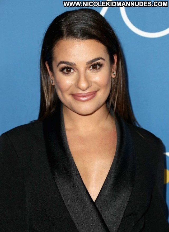 Lea Michele Hollywood Foreign Press Babe Paparazzi Posing Hot