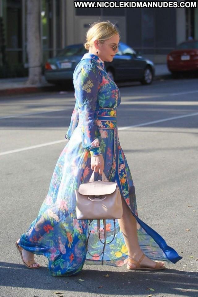 Abbie Cornish Beverly Hills Posing Hot Beautiful Paparazzi Shopping