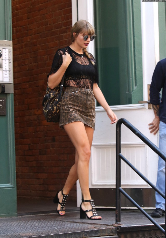 Taylor Swift New York  Apartment Beautiful Concert Singer New York