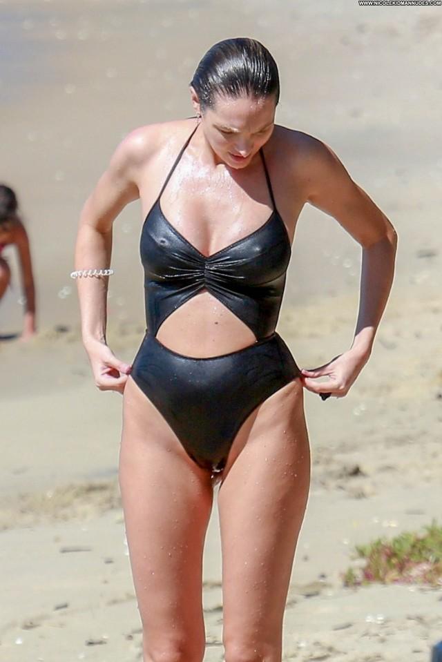 Candice Swanepoel The Beach Posing Hot Babe Sex Beautiful Brazil