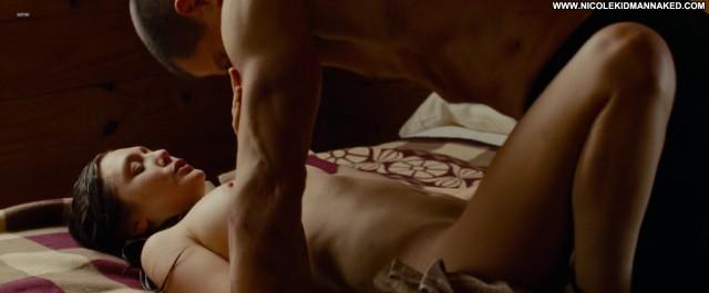 Elizabeth Olsen Oldboy Celebrity Famous Nude Sister