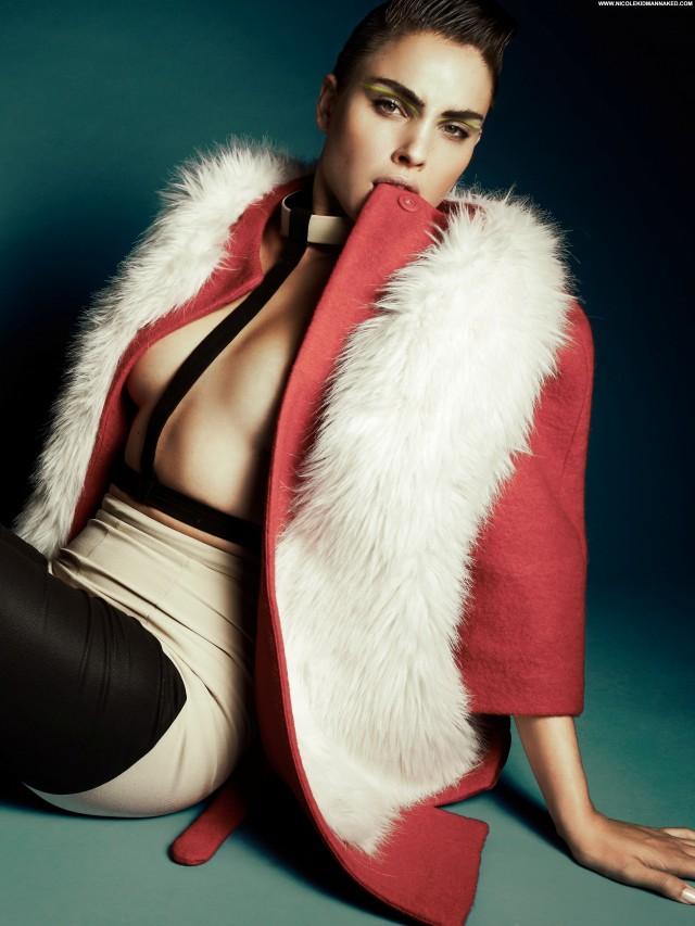 Mandy De Wolff Glamcult Fall Posing Hot Celebrity