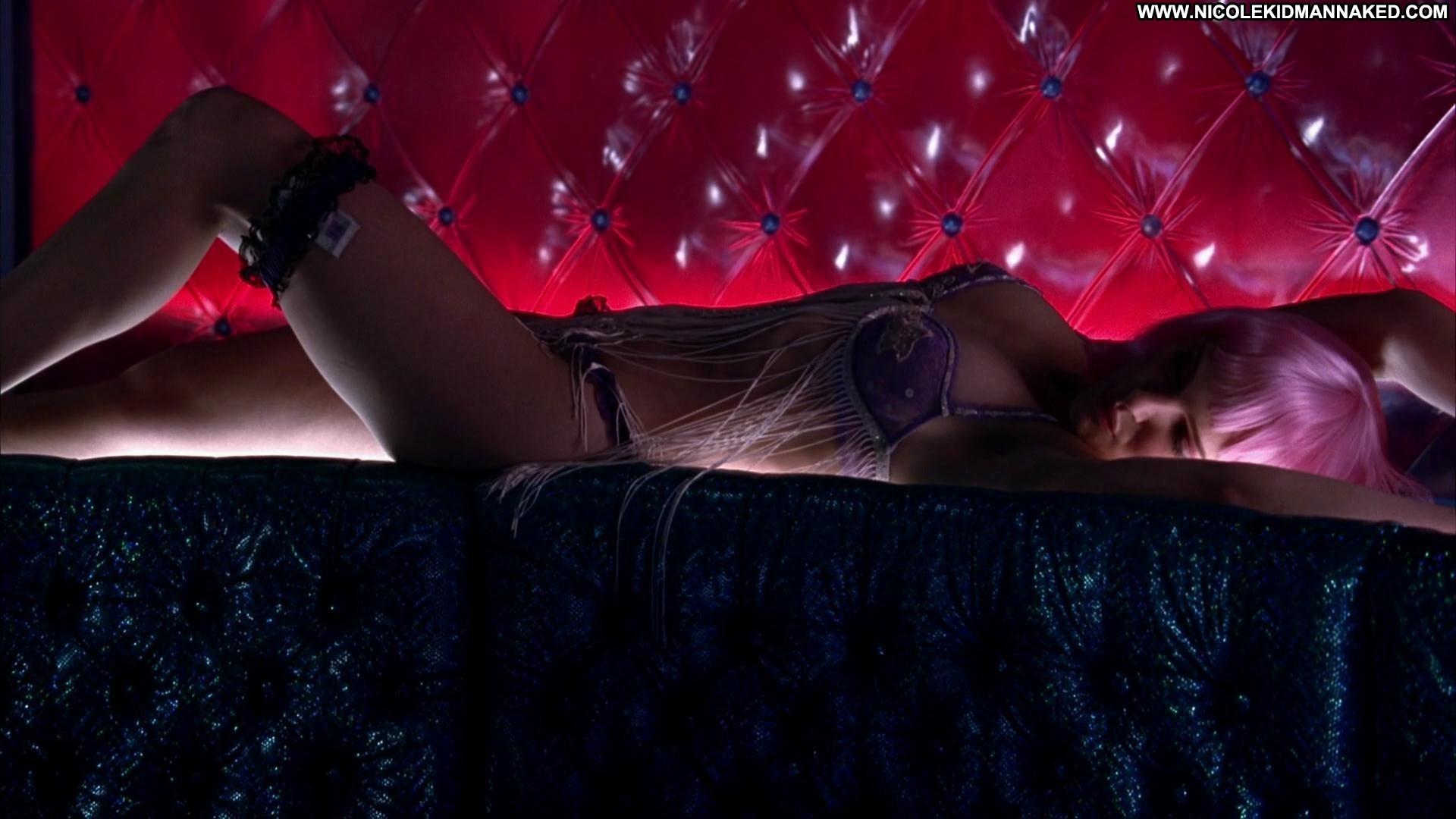 natalie-portman-closer-deleted-paris-hilton-hot-sexy-naked