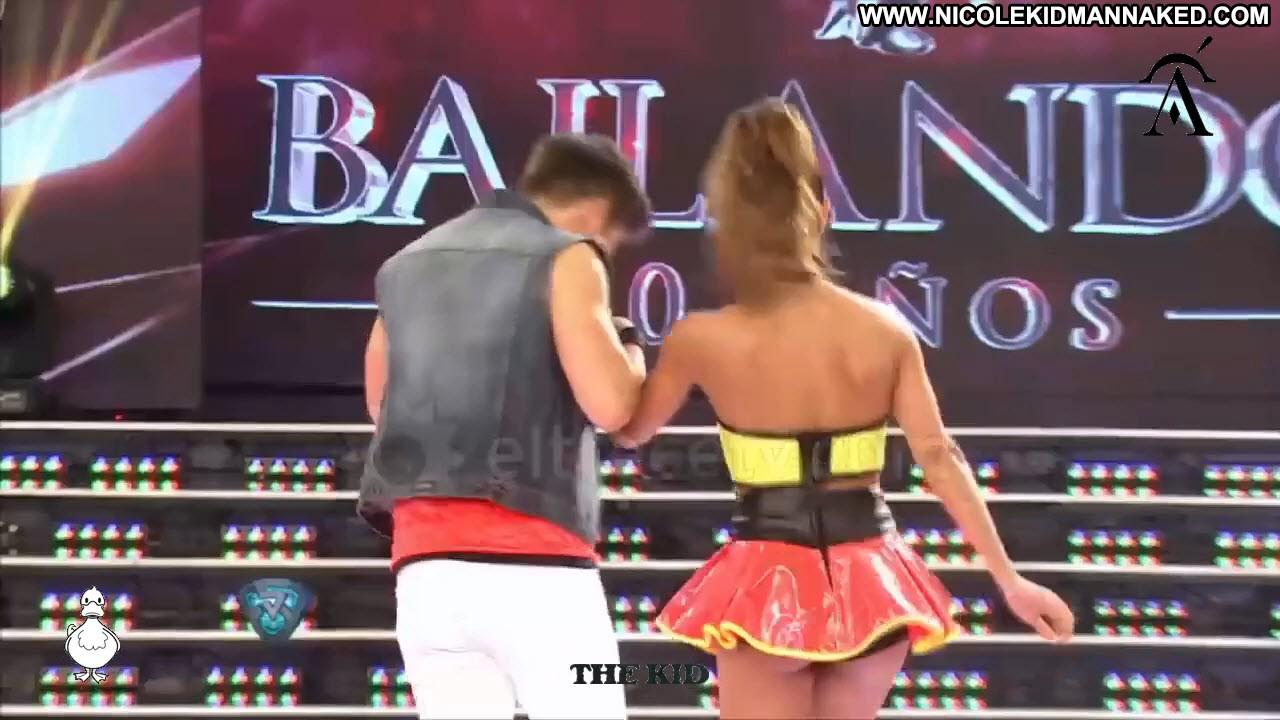 Thong ass dancing