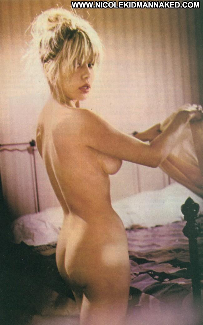 Pia zadora nude sex scene in the lonely lady picture