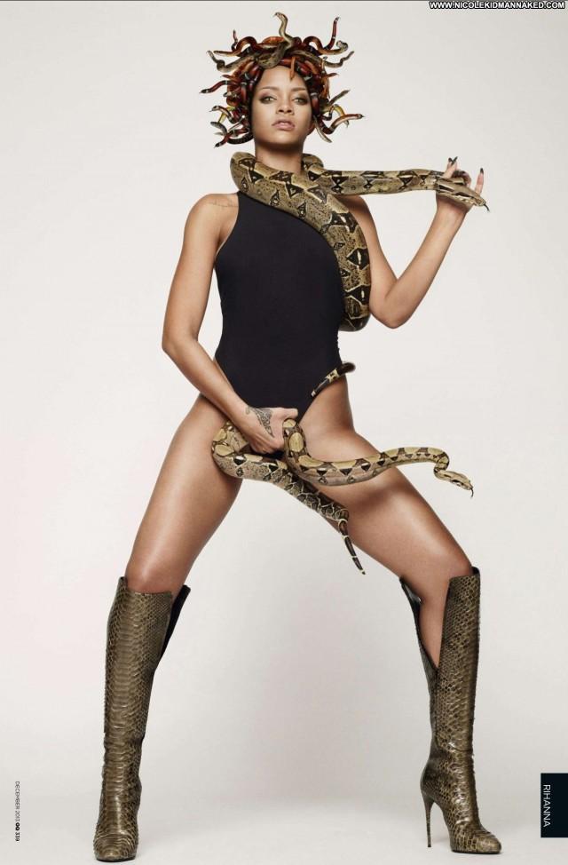 Rihanna No Source Posing Hot Beautiful Celebrity Uk Babe