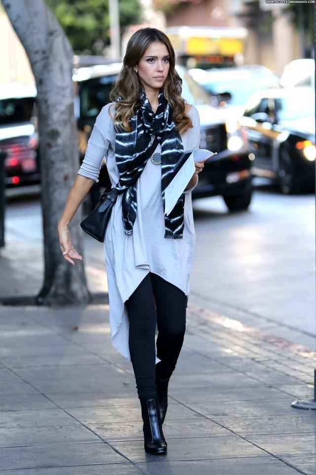 Jessica Alba No Source Babe High Resolution Posing Hot Beautiful