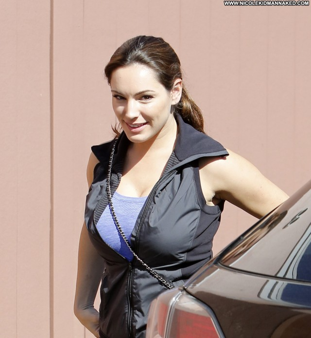 Kelly Brook No Source Celebrity Beautiful Babe Posing Hot High