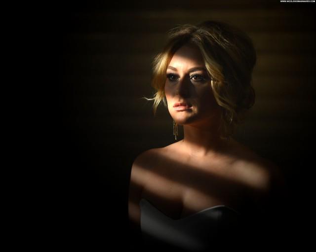 Emilia Clarke Beverly Hills Photoshoot Beautiful High Resolution