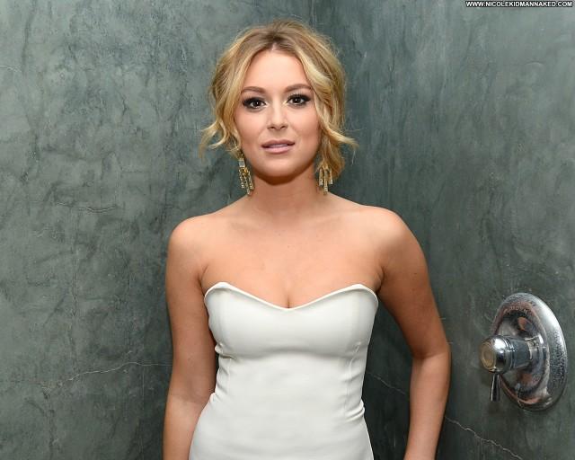 Emilia Clarke Beverly Hills High Resolution Celebrity Hollywood Babe