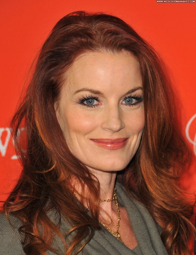 Laura Leighton Pretty Little Liars Pretty Celebrity Babe Posing Hot