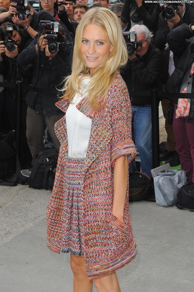 Poppy Delevingne Fashion Show Celebrity Paris Fashion High Resolution