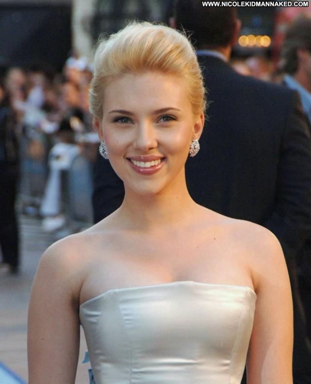 Scarlett Johansson The Island Posing Hot High Resolution Beautiful Uk
