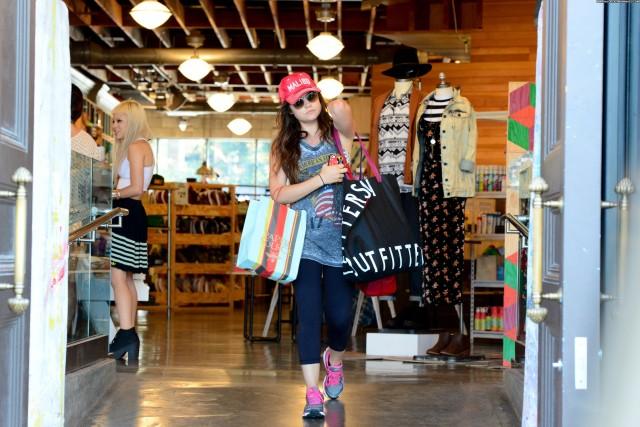 Lucy Hale Studio City Posing Hot Beautiful Babe Celebrity Shopping