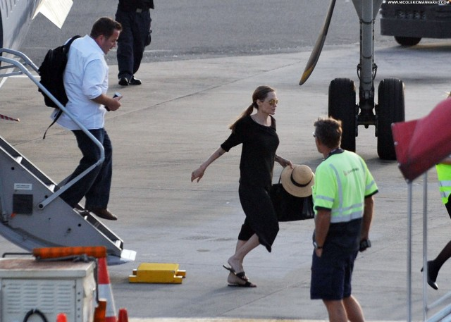 Angelina Jolie Photoshoot High Resolution Sea Celebrity Babe Posing