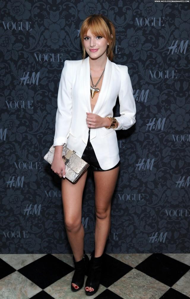 Bella Thorne New York Celebrity High Resolution Babe Beautiful Posing