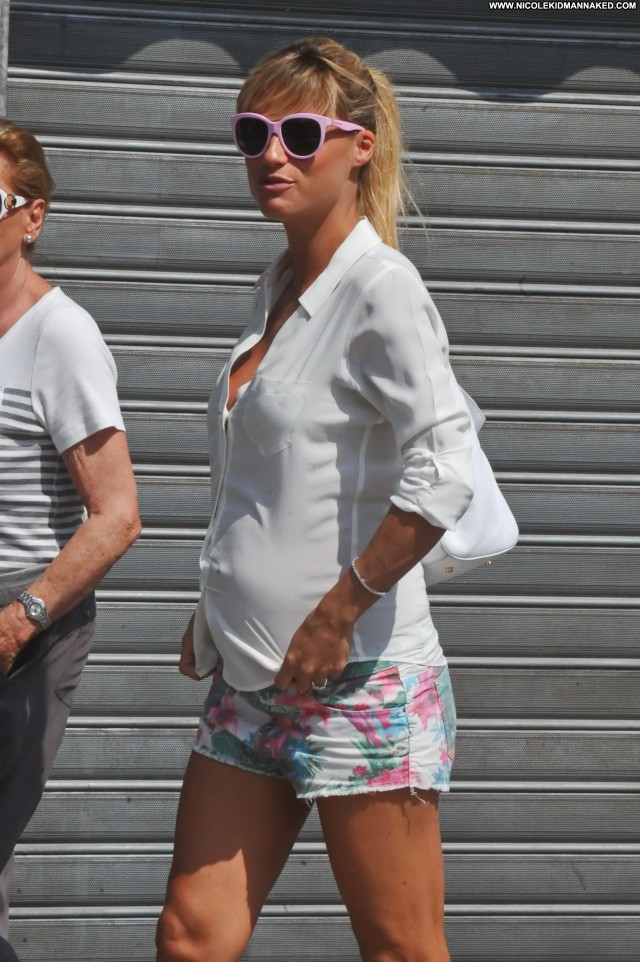 Michelle Hunziker Michelle Candids Beautiful Babe Celebrity Posing