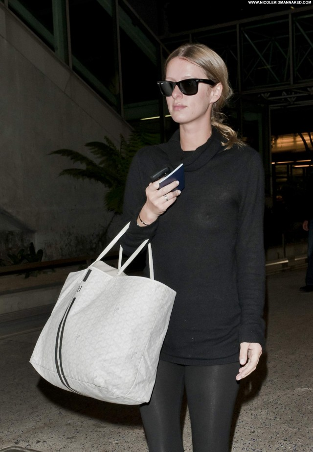 Nicky Hilton Lax Airport Beautiful Celebrity Babe Lax Airport Posing
