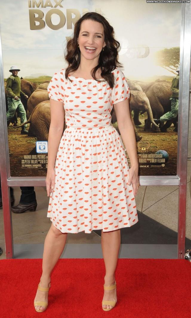 Kristin Davis No Source Posing Hot Babe Beautiful High Resolution