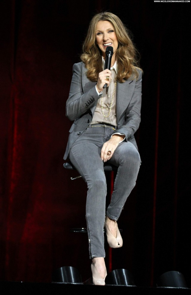 Celine Dion Performance Posing Hot Babe High Resolution Beautiful