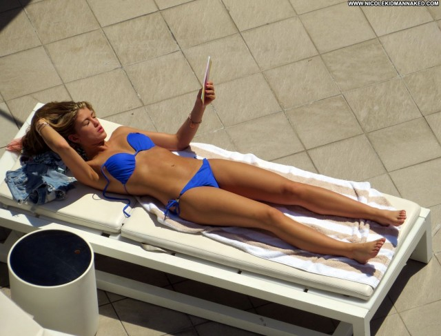 Amy Willerton Australia Hotel High Resolution Posing Hot Beautiful