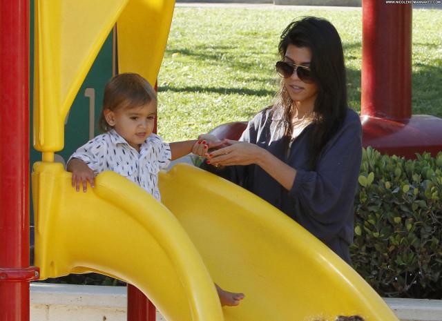 Kourtney Kardashian No Source Malibu Babe High Resolution Posing Hot