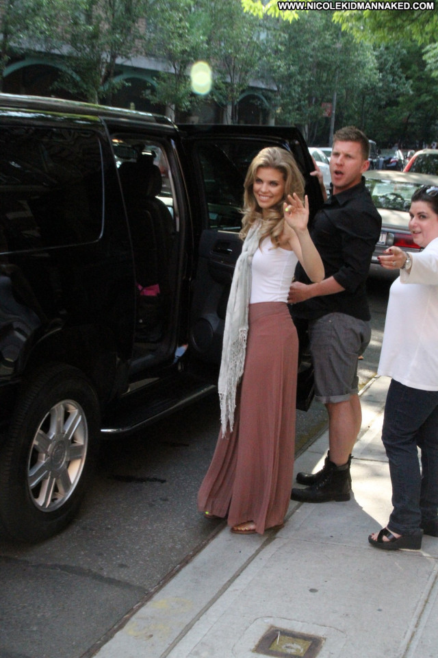 Annalynne Mccord No Source Posing Hot Babe Nyc Beautiful Celebrity