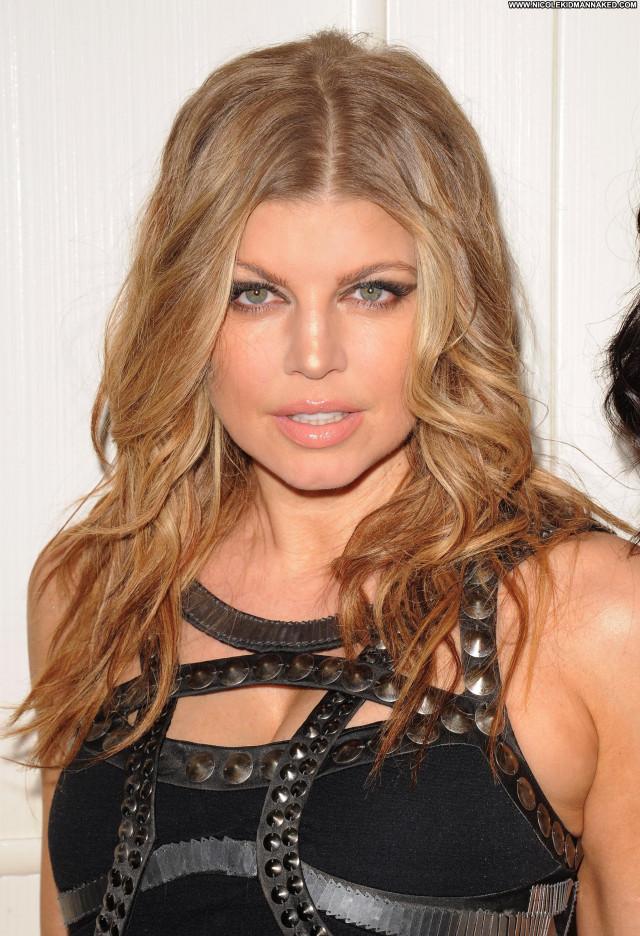 Fergie No Source Babe Posing Hot Beautiful London High Resolution