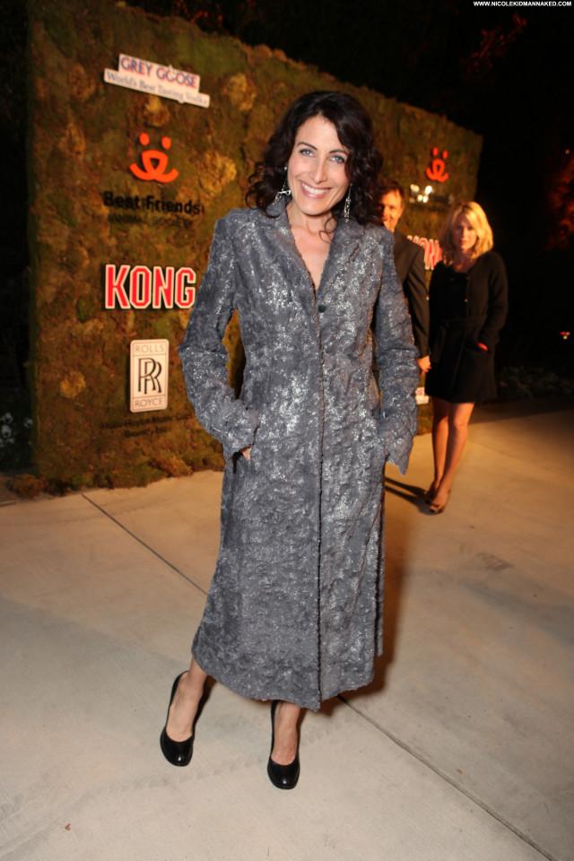 Lisa Edelstein No Source  High Resolution Winter Posing Hot Beautiful