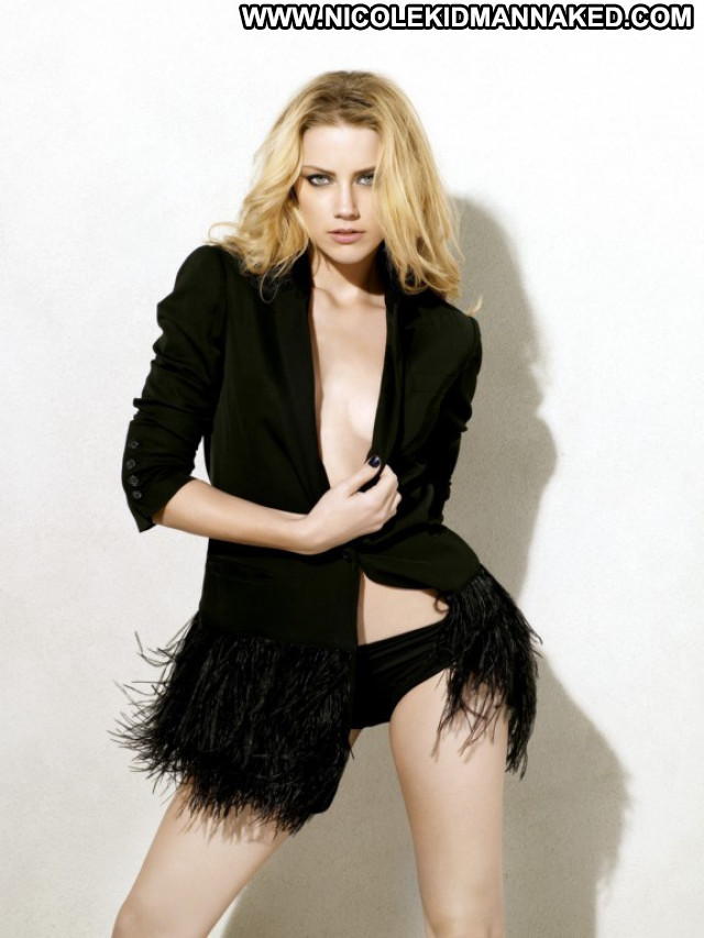 Amber Heard Maxim Magazine  Babe Celebrity Beautiful Usa Posing Hot