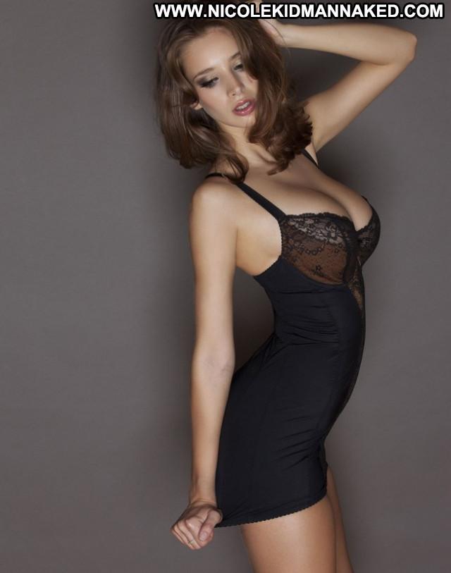 Emily Shaw No Source Posing Hot Babe Uk Old Celebrity Nude Beautiful