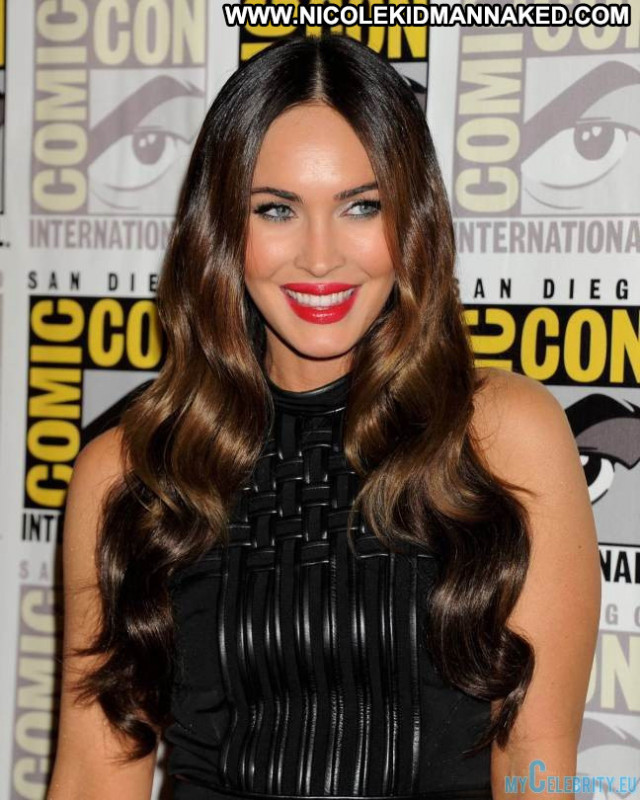 Megan Fox No Source Beautiful Ninja Mutant Celebrity Babe Posing Hot