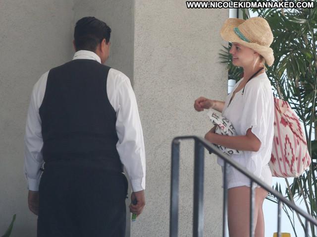 Kelly No Source Babe Upskirt Beautiful Celebrity Posing Hot Usa
